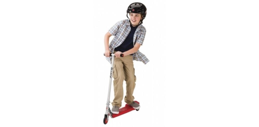 Что лучше: самокат или скейтборд?
